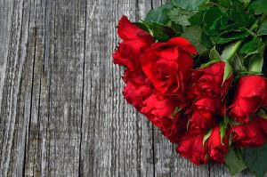 bunch red roses